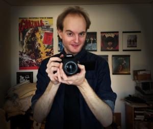 Han skapar skräckinjagande filmkonst