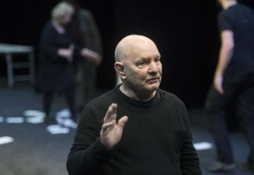 Folkteatern sänder samtal om Lars Norén