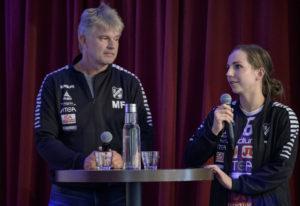 Skara HF:s tränare Magnus Frisk och Melanie Felber